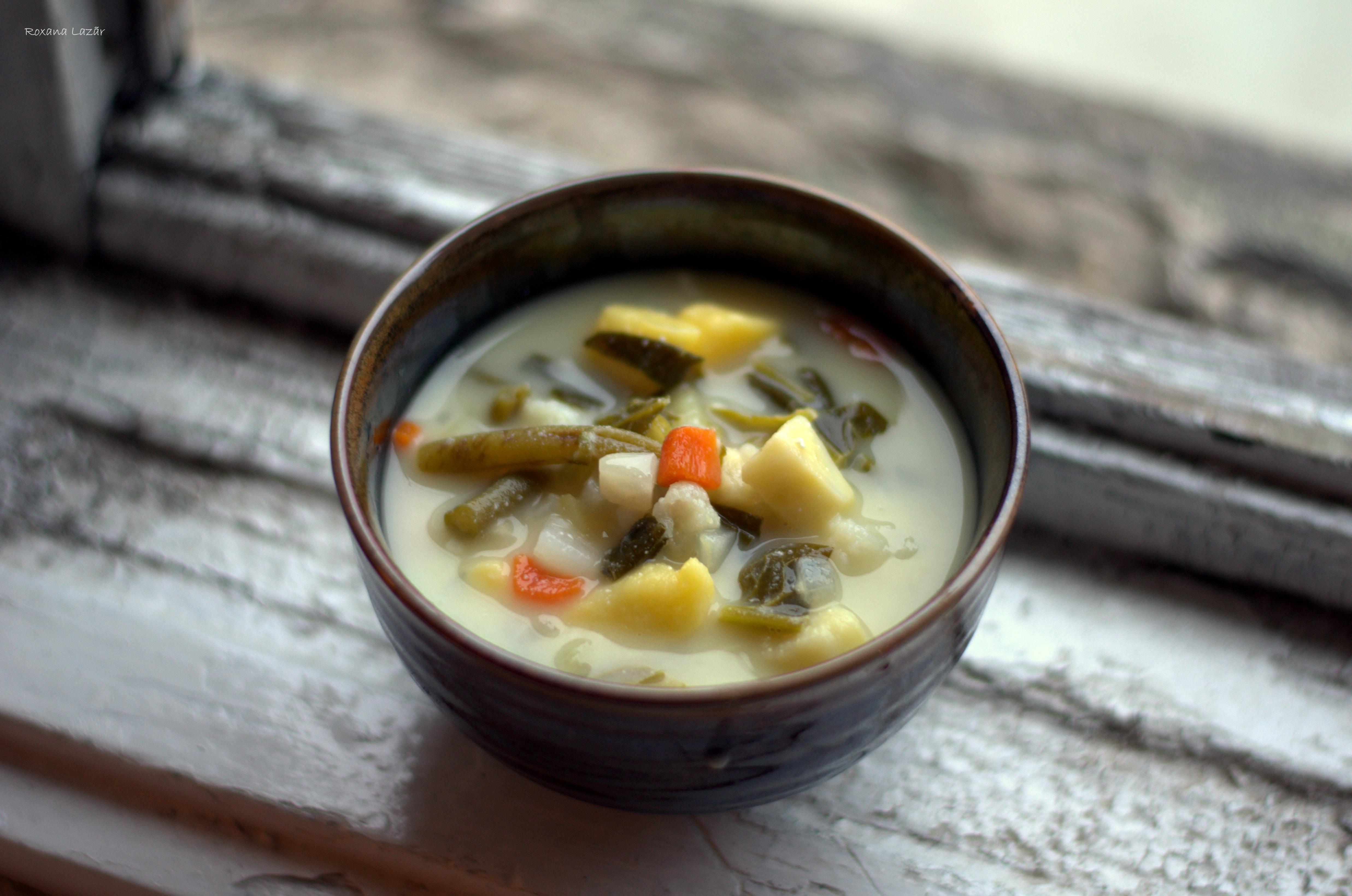 Supa cu toate legumele din frigider
