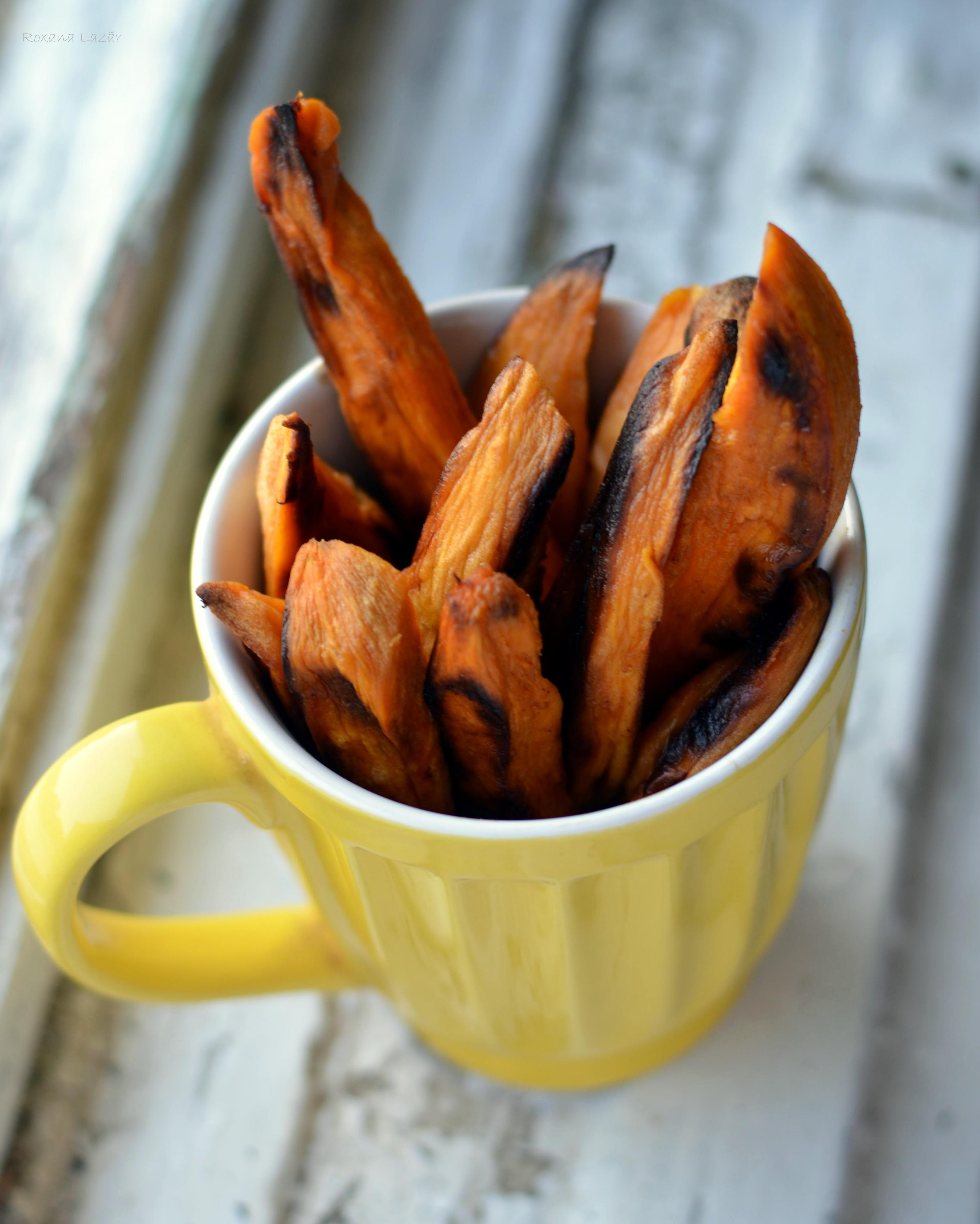 Cei mai simpli cartofi dulci la cuptor