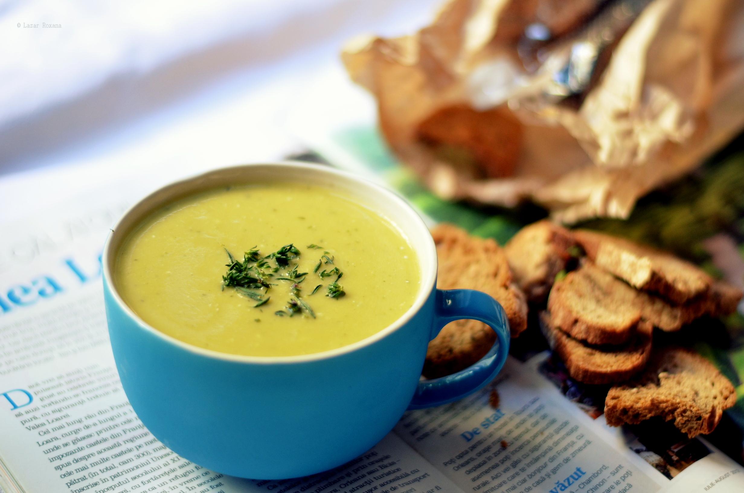 Provocarea 7: Supa crema de dovlecei cu cimbru verde
