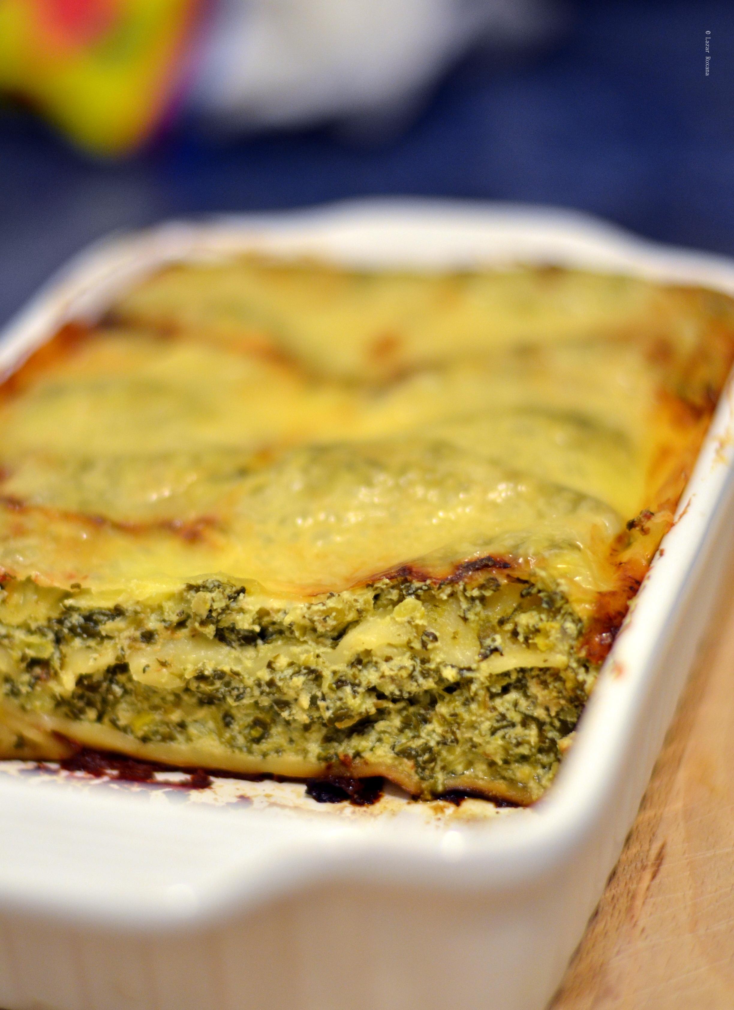 Cannelloni cu ricotta, dovlecel si spanac. Si overcooked mozzarella.