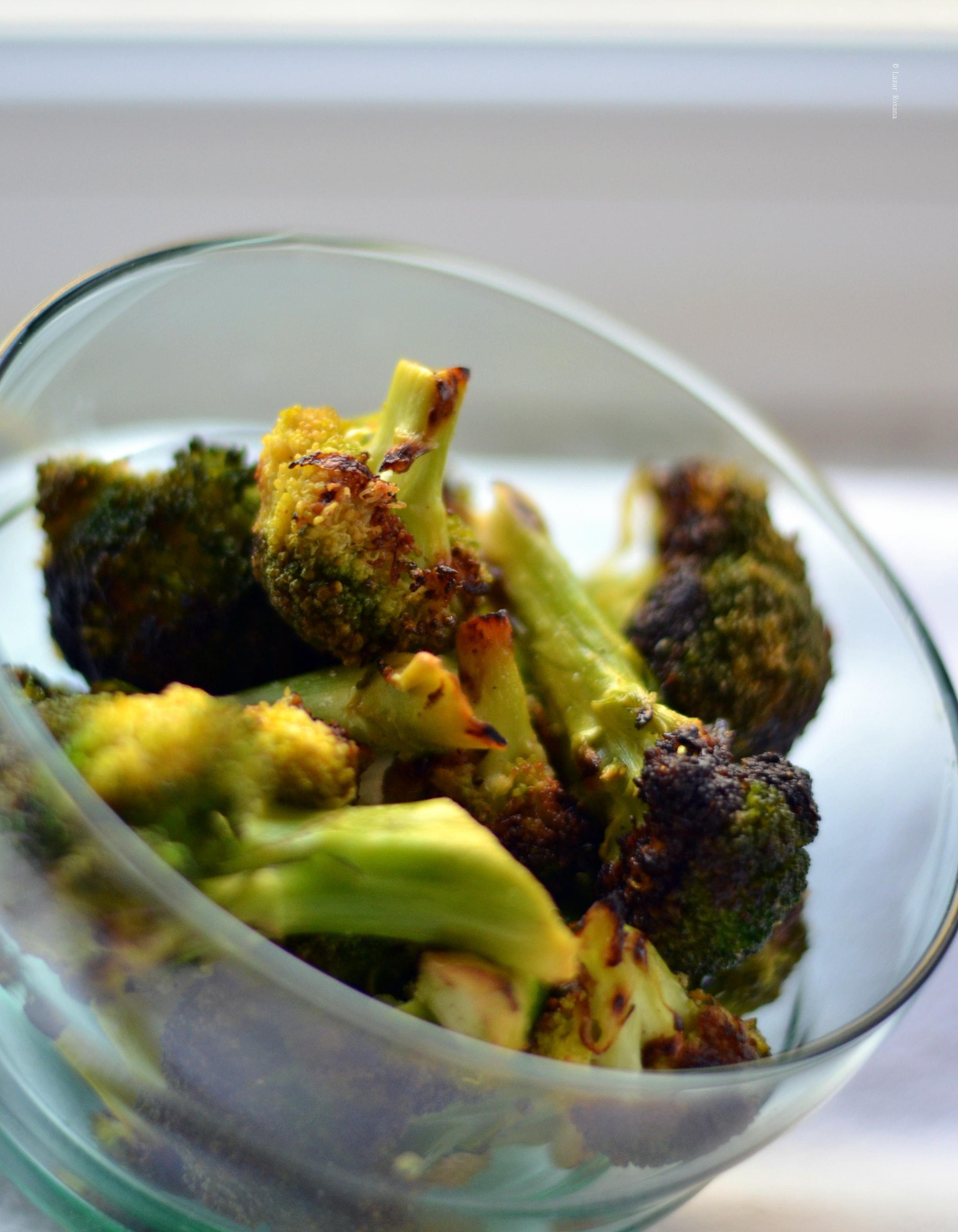 Broccoli la grill, cu lamaie